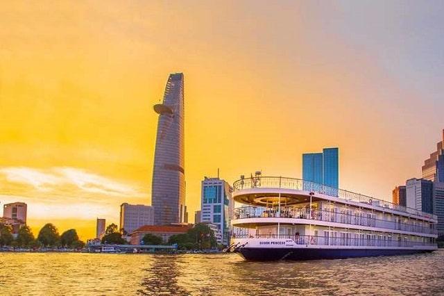 ăn tối trên tàu Sài Gòn Princess (2)