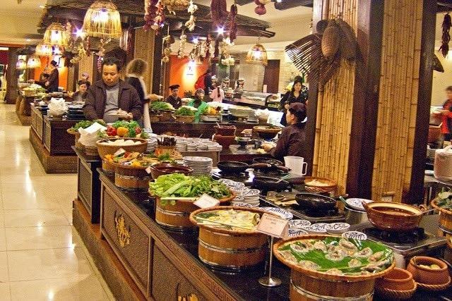 buffet quốc tế và buffet hà nội khác gì nhau (2)